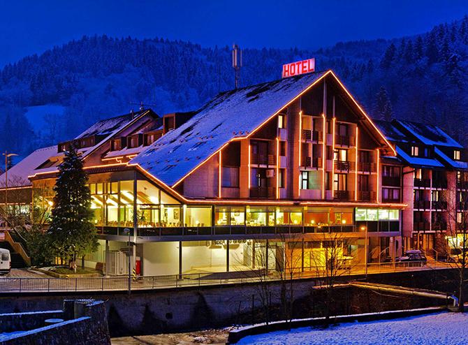 restavracija_hotela_cerkno_galerija_namestitve_hotel_cerkno_slika